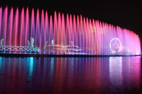 Wonderland Eurasia: Ένα τεράστιο θεματικό πάρκο άνοιξε στην Τουρκία