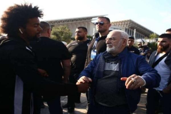 ΠΑΟΚ: Ο Ιβάν Σαββίδης υποδέχτηκε τους παίκτες!