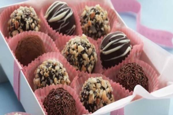 Αν σε πιάνει βήχας μη πάρεις καραμέλα αλλά...σοκολάτα!