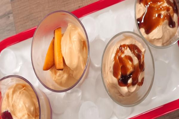Σπιτικό παγωτό με δύο μόνο υλικά και χωρίς παγωτομηχανή!