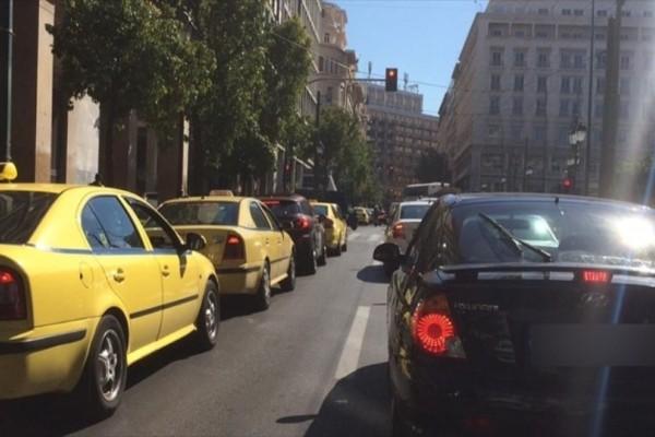 Κίνηση στους δρόμους της Αθήνας: Προβλήματα στη Σταδίου!
