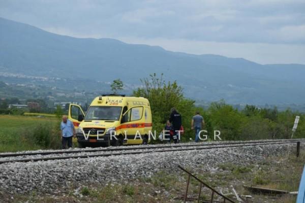 Τραγωδία στη Βέροια:  Δύο νεκροί από σύγκρουση τρένου με ΙΧ!  (photo)