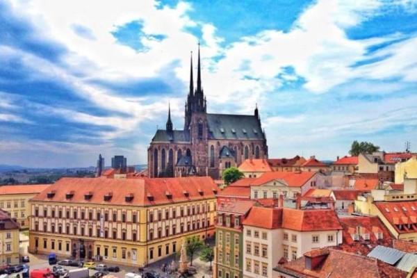 4+1 πόλεις που θα θέλεις να επισκεφθείτε σίγουρα! Δεν είναι μόνο η Πράγα..στην Τσεχία!