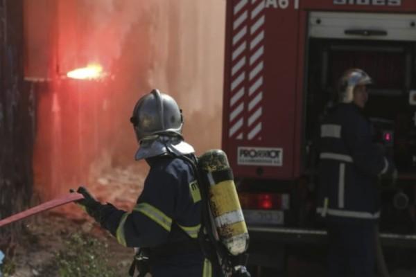 Μαρκόπουλο: Σε ύφεση η φωτιά!