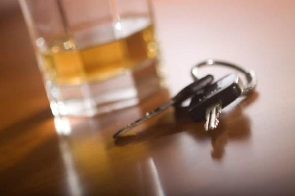 Απίστευτo: Tιμωρία στους οδηγούς που πίνουν με εργασία σε νεκροτομείο!