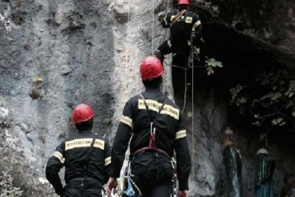 Συναγερμός στην Κρήτη: Επιχείρηση διάσωσης ζευγαριού στο φαράγγι του Αμπά!