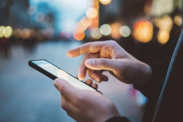Νέες χρεώσεις στα κινητά: Αλλαγές σε κλήσεις και sms!