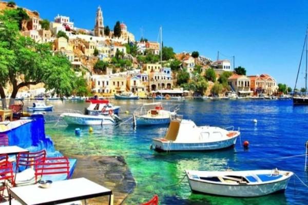 Ο Τάσος Δούσης προτείνει: 4+1 γοητευτικά νησιά που πρέπει να επισκεφτείς!