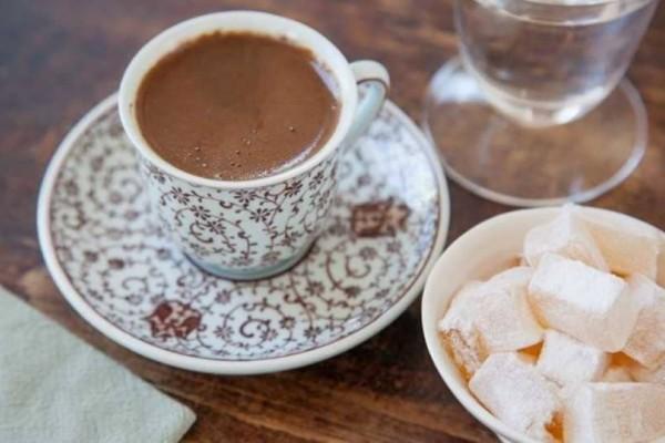 4+1 λόγοι που ο ελληνικός καφές είναι ο πιο υγιεινός