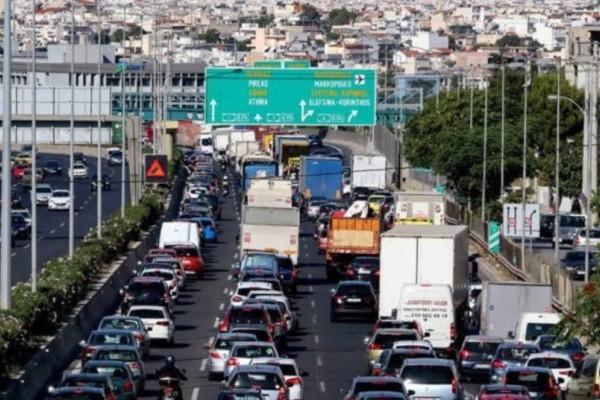 Δρόμοι με κίνηση: Αυξημένη κίνηση σε Κηφισό και Αθηνών Λαμίας