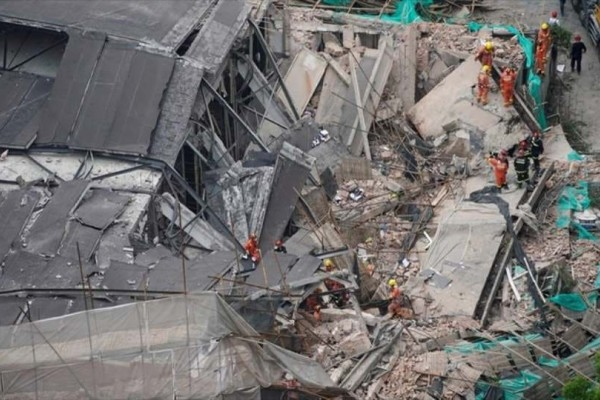 Τραγωδία στην Κίνα: 7 νεκροί από κατάρρευση κτιρίου!