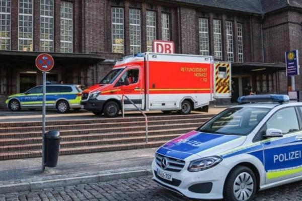 Γερμανία: Σφοδρή σύγκρουση τρένου με φορτηγό, υπάρχουν τραυματίες!