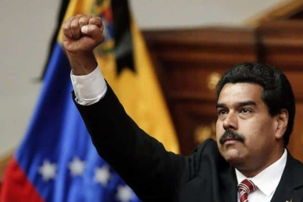 Ξεφεύγει η κατάσταση στη Βενεζουέλα: Ο Μαδούρο καλεί τον στρατό να είναι έτοιμος!