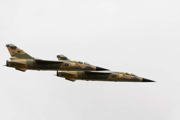 Λιβύη: Ο στρατός κατέρριψε αεροσκάφος! Τραυματισμένος ο πιλότος (Video)