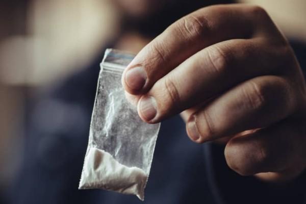 Εγκλειστοι φυλακών κατάπιαν ναρκωτικά για να μην τους πιάσουν!