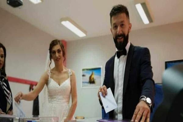 Εκλογές 2019: Παντρεύτηκαν και μετά την εκκλησία πήγαν να ψηφίσουν!
