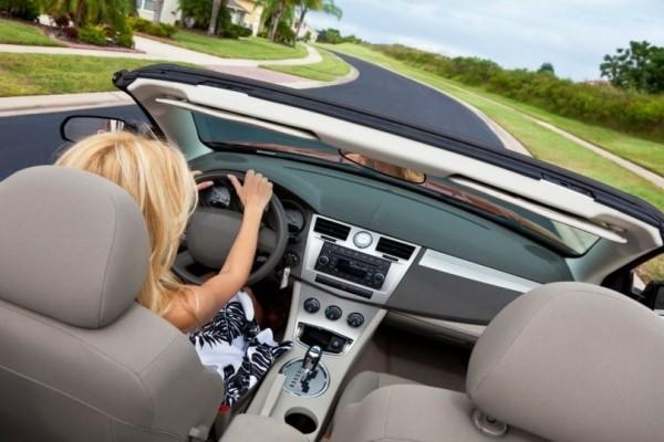 Καλύτερες οδηγοί είναι οι γυναίκες σύμφωνα με έρευνες!