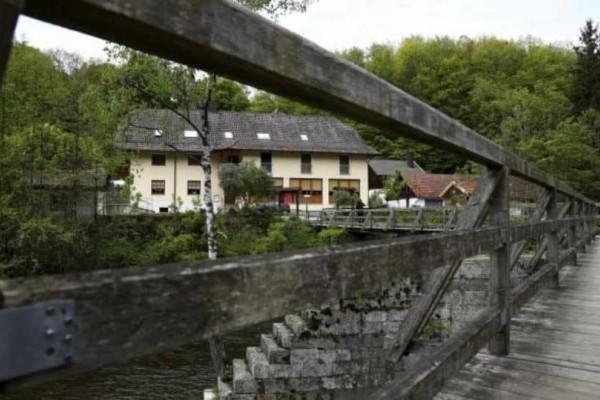 Νέες εξελίξεις για την υπόθεση στη Βαυαρία: Oι σκλάβοι του σ3ξ και τα συμβόλαια!