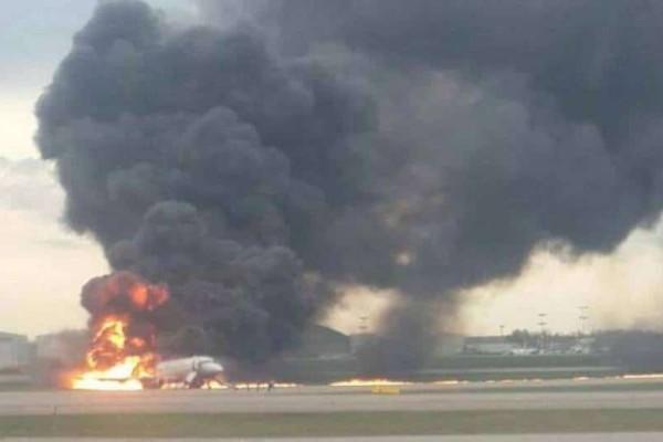 Μόσχα: Ένας νεκρός από την πυρκαγιά στο αεροδρόμιο!