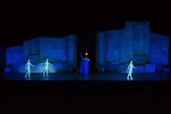 Οιδίπους στο αρχαίο θέατρο Επιδαύρου!