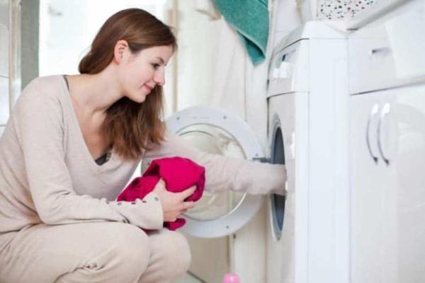 Ποιος είναι ο σωστός τρόπος να πλένουμε τα ρούχα μας;