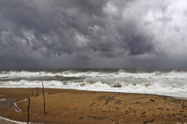 Συναγερμός στην Ινδία: Aναμονή του κυκλώνα Φάνι- Απομακρύνονται 800.000 άνθρωποι!