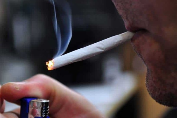 9+1 αλήθειες για όσους καπνίζουν στριφτά!