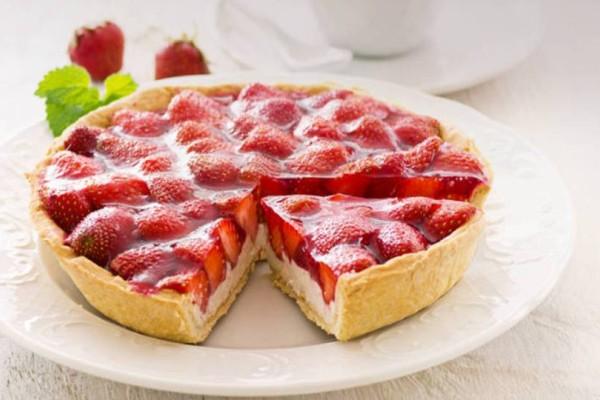 Τάρτα με κρέμα βανίλιας και φράουλες!