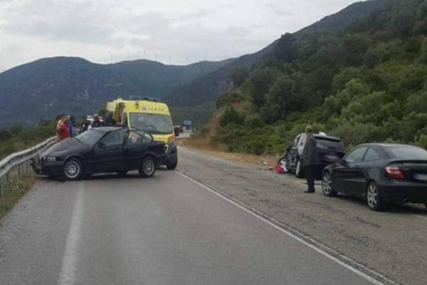 Σφοδρό τροχαίο στην Δωρίδα: Νεκρή 58χρονη γυναίκα!