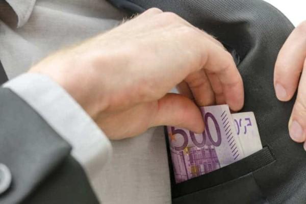 Κόρινθος: Για κατάχρηση δημόσιου χρήματος κατηγορείται υποψήφιος δήμαρχος!