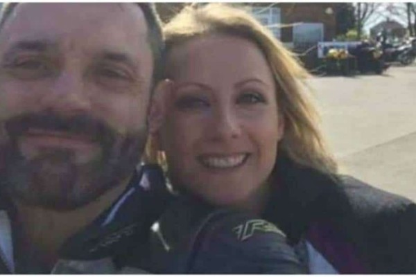 Τραγωδία: Η τελευταία selfie! Έβγαλαν φωτογραφία και μετά από 20 λεπτά πέθαναν!