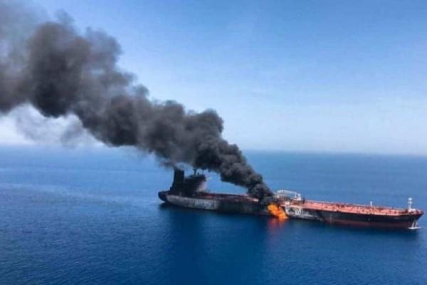 Εκρήξεις σε δεξαμενόπλοια στο Ομάν: Παγκόσμιος φόβος μετά την ανταλλαγή πυρών Ιράν - ΗΠΑ!
