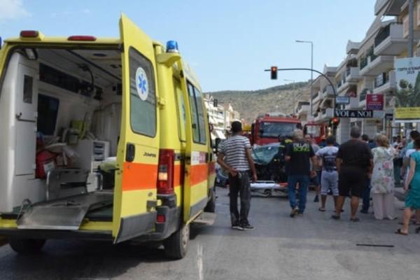 Σοκαριστικό τροχαίο στο Ναύπλιο: Kαραμπόλα τεσσάρων αυτοκινήτων!