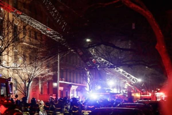 Τραγωδία: Νεαρός προσπάθησε να σώσει  3χρονη απο την φωτιά και πέθαναν μαζί! (Video)