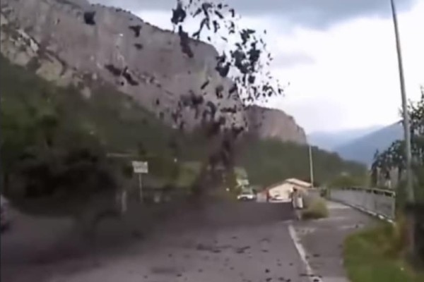 Τρομακτικό βίντεο: Η δύναμη της φύσης! Περιστατικά φυσικών φαινομένων που μας πάγωσαν!