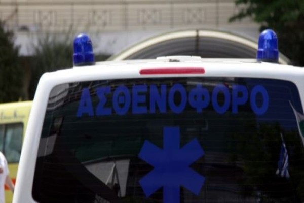 Tροχαίο δυστύχημα στην Αργολίδα: ΙΧ καρφώθηκε σε φορτηγό!
