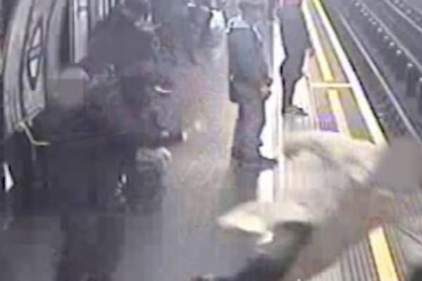 Ισόβια κάθειρξη στον άνδρα που έσπρωξε έναν 91χρονο στις γραμμές του μετρό! (Video)