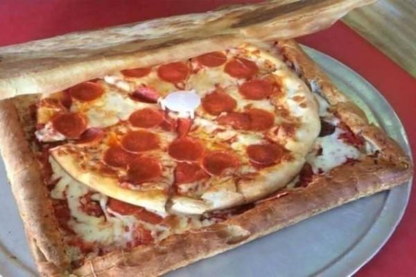 Αν φας αυτή την πίτσα τρως κυριολεκτικά και το κουτί!