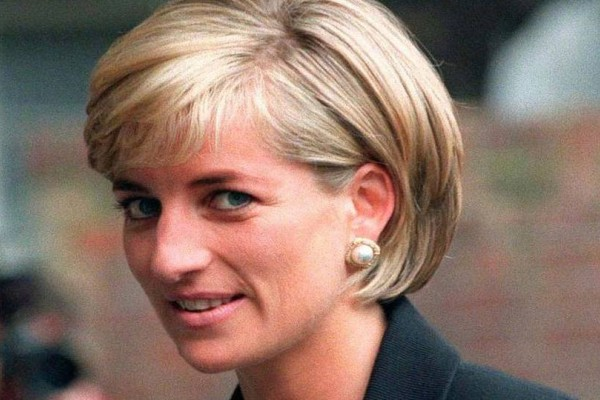 Κρυφά φλερτ, κατάθλιψη: Οι σκοτεινές πτυχές της ερωτικής ζωής της Πριγκίπισσας Νταϊάνα!
