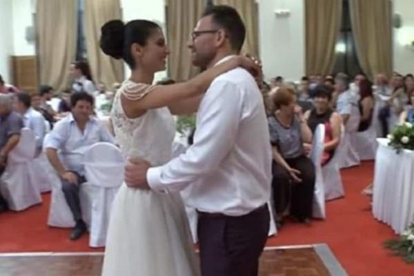 Γάμος στον Βόλο: Πρώτη φορά στα χρονικά καταγράφεται τέτοιος γαμήλιος χορός ζευγαριού! (Video)