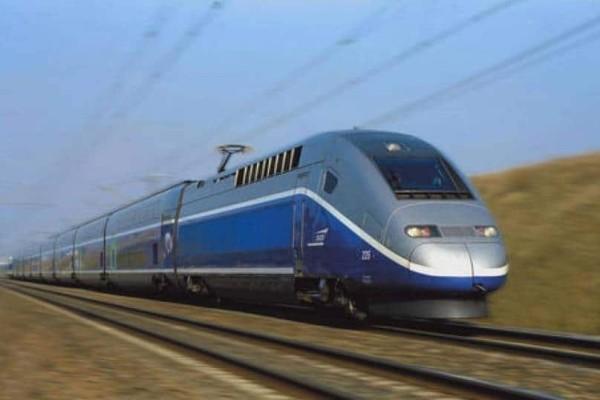 Γαλλία: Επιβάτες τρένου επί 6 ώρες έμειναν εγκλωβισμένοι!