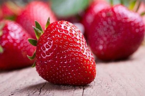Αυτά είναι τα οφέλη αν τρώτε φράουλες συχνά!