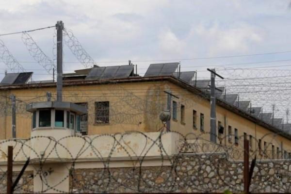 Φυλακές Κορυδαλλού: Σοβαρά επεισόδια - Εξέγερση κρατουμένων!