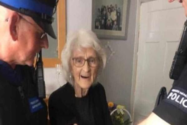 Απίστευτό: Πέρασαν χειροπέδες σε 93χρονη για...