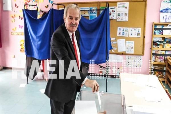 Ισόβιος Δήμαρχος - Εξελέγη για 6η φορά!