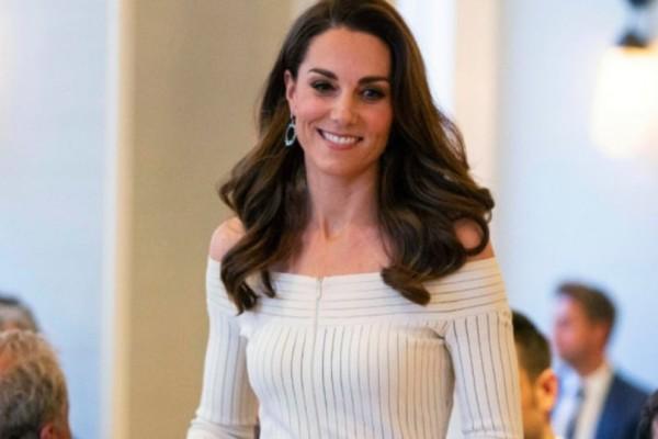 Κέιτ Μίντλετον: Φόρεσε το φόρεμα της ανάποδα;