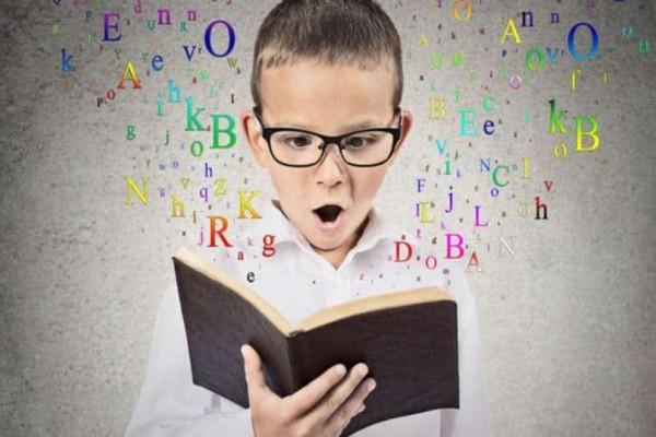 Πότε το παιδί πρέπει να ξεκινήσει ξένες γλώσσες;