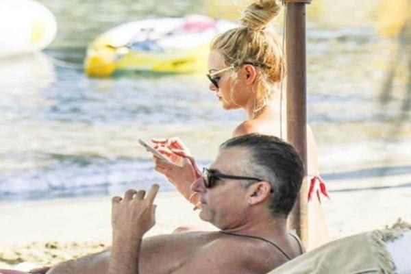 Γιώργος Λιάγκας - Βίκυ Κάβουρα: Τους έπιασαν στα πράσα σε παραλία! Φωτογραφίες ντοκουμέντο