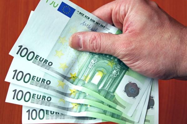 Έκτακτο κοινωνικό μέρισμα: Προσαξαύνεται κατά 15.000 ευρώ! Πότε θα δοθεί;