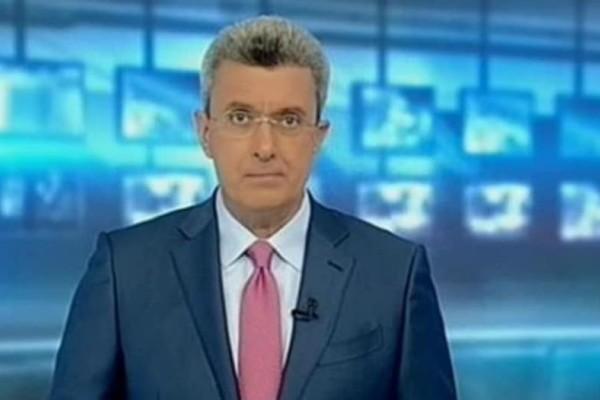 Με ψεύτικα μαλλιά στο δελτίο ειδήσεων ο Νίκος Χατζηνικολάου!